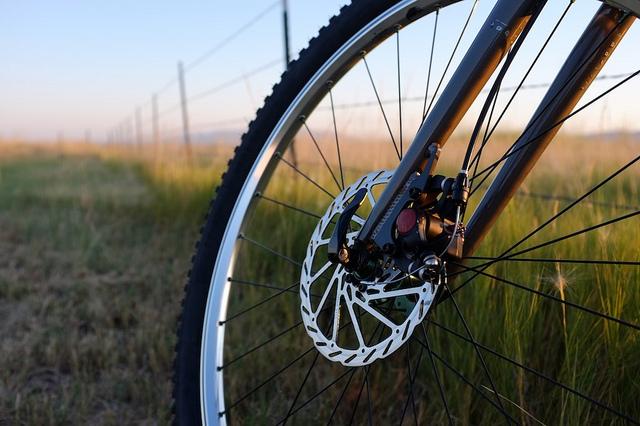 rozmiar kół w rowerze