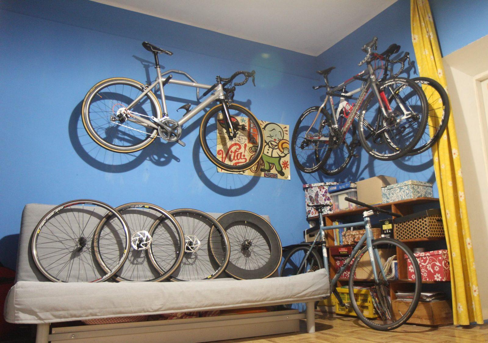 jak zabezpieczyć rower na zimę